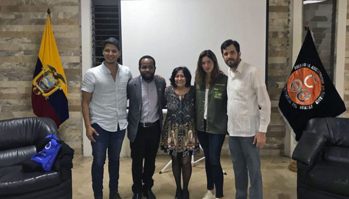 Andrea Fiallos panelistas IVU Guayaquil